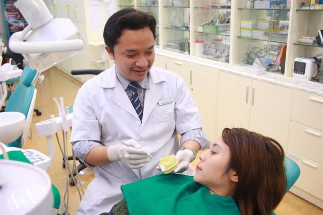 Một số lưu ý cần tìm hiểu trước khi bọc răng sứ - Ảnh 4.