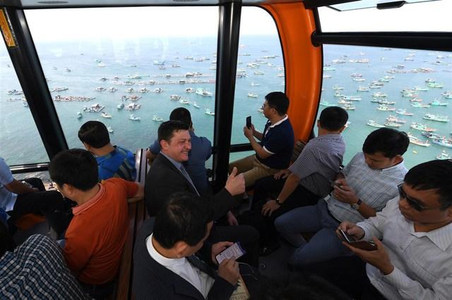 Phú Quốc khai trương cáp treo Hòn Thơm dài nhất thế giới - Ảnh 6.