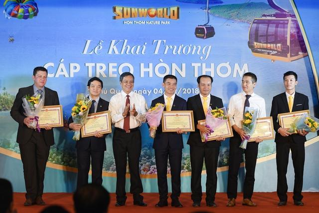Phú Quốc khai trương cáp treo Hòn Thơm dài nhất thế giới - Ảnh 10.