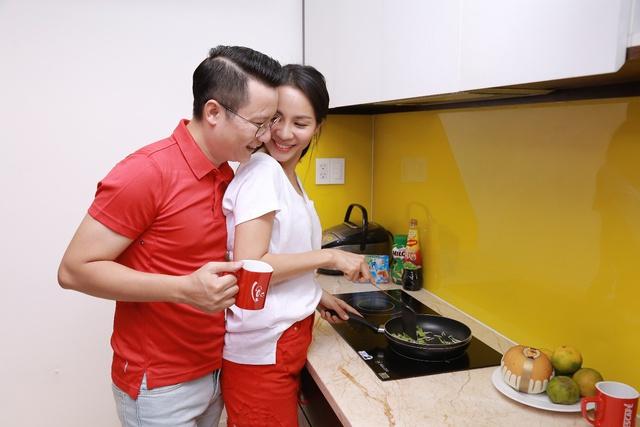 Ăn Tết ấm áp cùng gia đình là điều ý nghĩa nhất với Thúy Hạnh, Hoàng Bách - Ảnh 3.