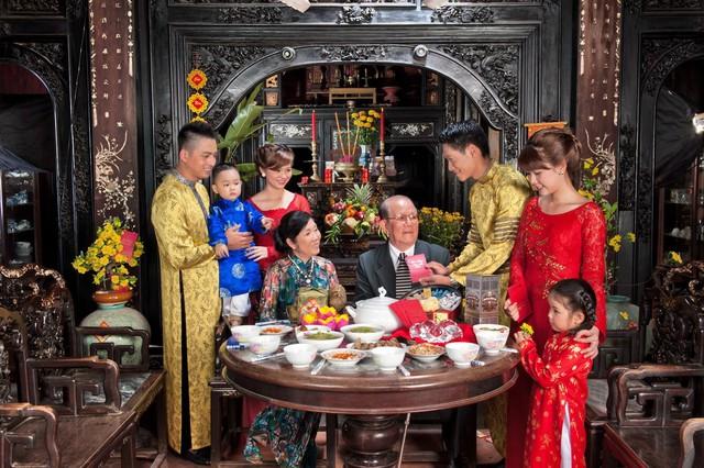 Đi khắp Việt Nam, khám phá cách ăn Tết ở 3 miền Bắc - Trung – Nam - Ảnh 2.