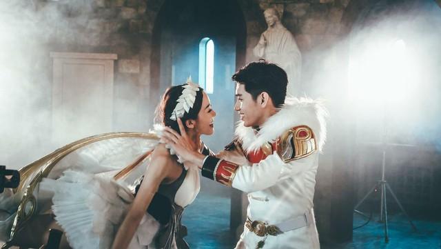 Quang Đăng bất ngờ tái xuất với vũ đạo cực đỉnh cho Valentine năm nay - Ảnh 5.