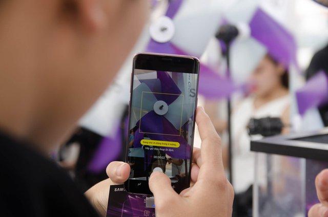 """Galaxy S9/S9+ đốn tim fan cùng khu trải nghiệm """"thấy điều không thể"""" - Ảnh 2."""