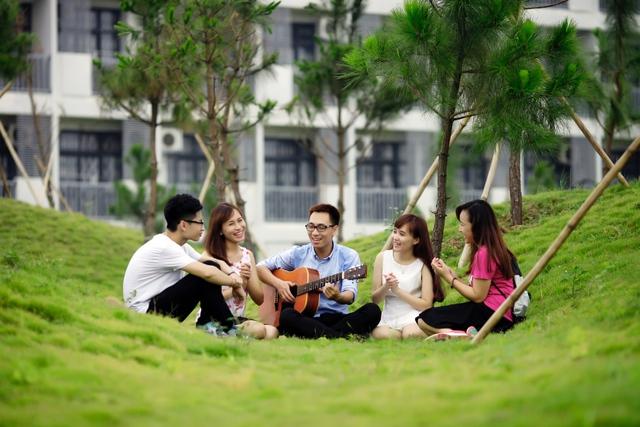 Những trường đại học có khuôn viên đẹp như khu nghỉ dưỡng - Ảnh 6.