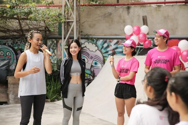 Mai Ngô, Chi Pu tích cực tham gia các hoạt động thể thao, truyền cảm hứng cho sinh viên - Ảnh 5.