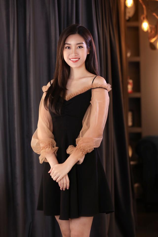 Ca sĩ Bảo Anh, Hoa hậu Đỗ Mỹ Linh đẹp rạng ngời trong lễ khai trương store của Tâm Tâm makeup & Mandy Hair Stylist - Ảnh 7.