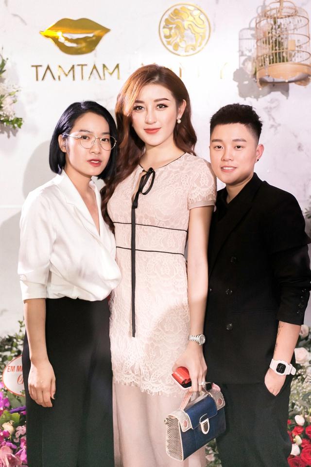 Ca sĩ Bảo Anh, Hoa hậu Đỗ Mỹ Linh đẹp rạng ngời trong lễ khai trương store của Tâm Tâm makeup & Mandy Hair Stylist - Ảnh 8.