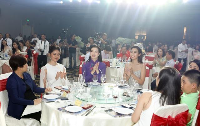 """Martin Yan, Đỗ Mỹ Linh tham gia """"Đêm nhân ái"""" cùng các đầu bếp quốc tế - Ảnh 6."""