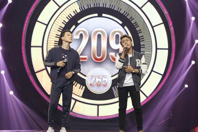 """Minh Xù – Vũ Thịnh giành """"ghế vàng"""" tại đêm thi đầu tiên của Nhạc hội song ca mùa 2 - Ảnh 6."""