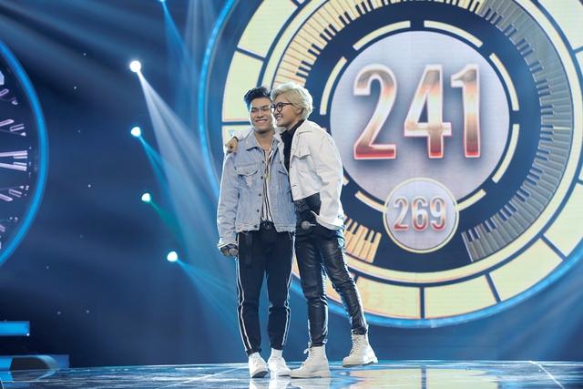 """Minh Xù – Vũ Thịnh giành """"ghế vàng"""" tại đêm thi đầu tiên của Nhạc hội song ca mùa 2 - Ảnh 9."""