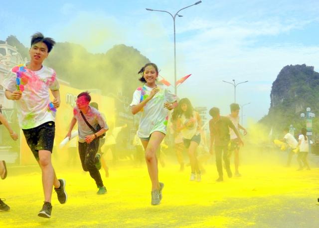 Lễ hội văn hoá và ẩm thực châu Á 2018: Mon Run rực rỡ, EDM tầm quốc tế - Ảnh 4.