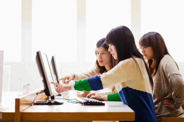 Cơ hội học tập và làm việc sau tốt nghiệp tại Úc, Mỹ và Canada - Ảnh 3.