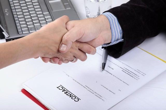 6 điều cần lưu ý trước khi ký kết hợp đồng lao động - Ảnh 2.