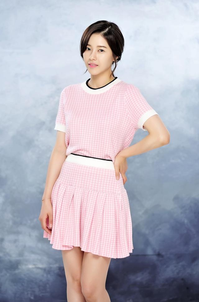 """Vén màn bí mật show biz Hàn trong bộ phim mới lên sóng """"Đêm trắng ở Áp-Gu-Chơng"""" - Ảnh 3."""