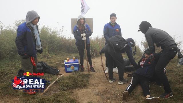 Kim Nhã khóc nấc, Lâm Vinh Hải lần đầu cáu kỉnh với đồng đội trong Red Bull - Hành trình Đích thực - Ảnh 3.