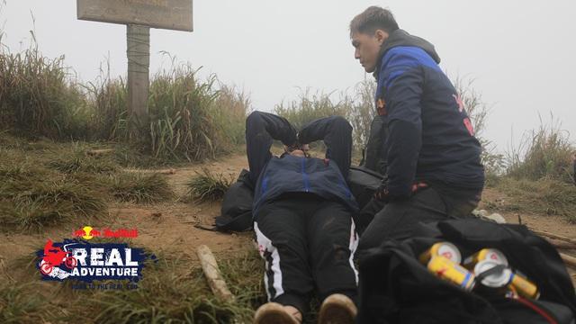 Kim Nhã khóc nấc, Lâm Vinh Hải lần đầu cáu kỉnh với đồng đội trong Red Bull - Hành trình Đích thực - Ảnh 4.