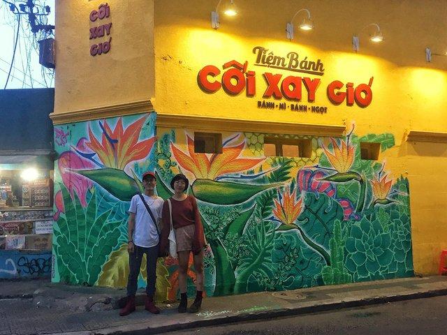 Giới trẻ Hà thành thi nhau check-in ở bức tường Hoa Thiên Điểu trên phố đi bộ Trịnh Công Sơn - Ảnh 12.