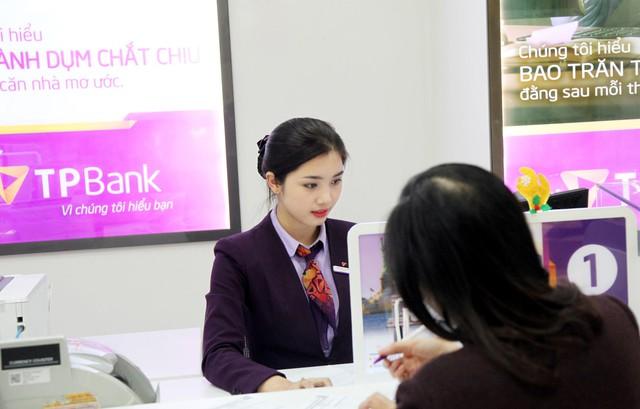 Ngắm nhan sắc đốn tim cộng đồng mạngcủanhững hot girl ngân hàng - ảnh 5