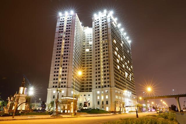Chiêm ngưỡng khách sạn có bể bơi dát vàng 24k cao nhất và lớn nhất thế giới - ảnh 5