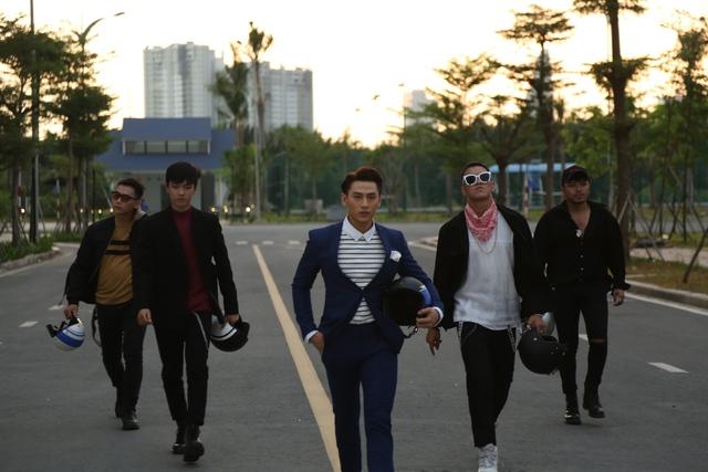 Hé lộ hậu trường vui nhộn của bộ ba Isaac, Chi Pu, Only C trong MV mới - Ảnh 6.