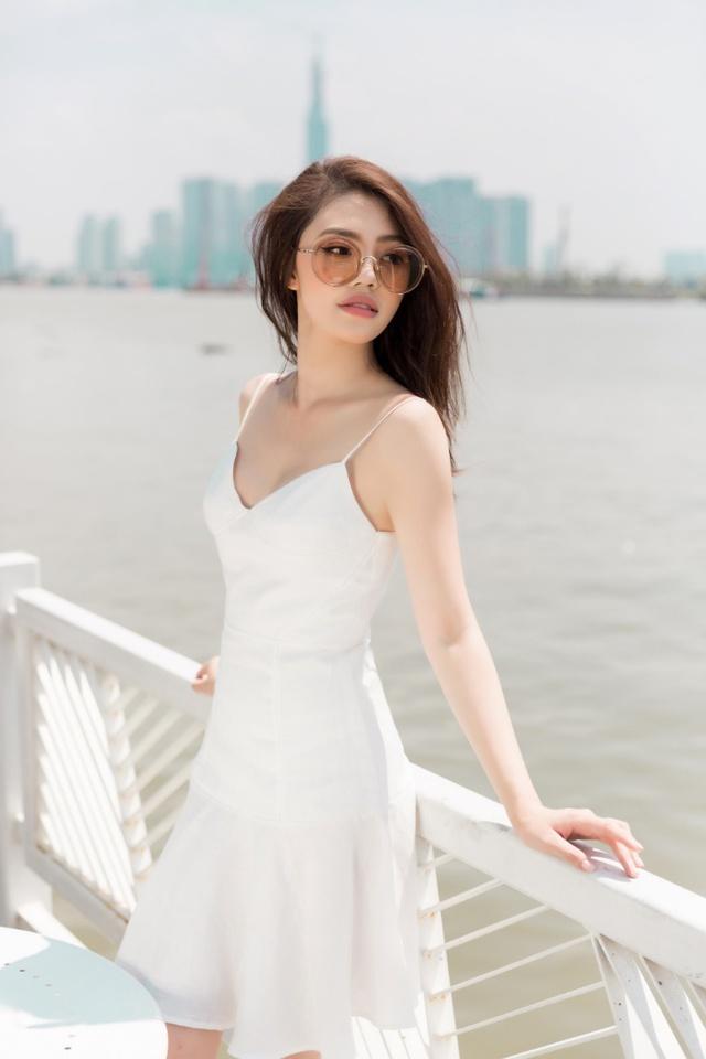 Xuống phố xinh đẹp và sang chảnh như Jolie Nguyễn trong dịp hè này! - Ảnh 10.