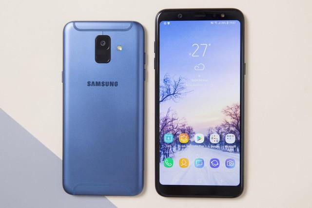 """Karik sánh đôi cùng """"người lạ"""" tại Samsung Fan Day của Thế Giới Di Động - Ảnh 3."""