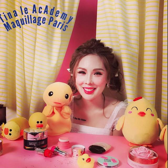 Không thể thiếu một trong những bí kíp của chuyên gia make-up Tina Lê nếu bạn muốn da thật căng bóng - Ảnh 8.