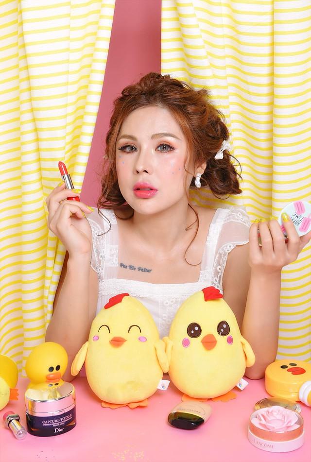 Không thể thiếu một trong những bí kíp của chuyên gia make-up Tina Lê nếu bạn muốn da thật căng bóng - Ảnh 10.