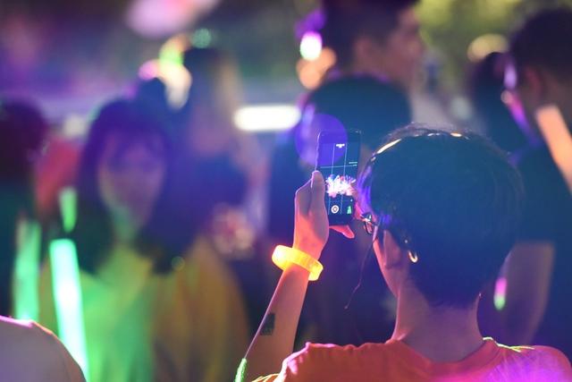 Lâu lắm rồi, giới trẻ Sài Gòn mới có một đêm quẩy EDM đã - đỉnh - đáng đến thế - Ảnh 12.