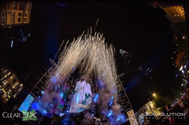 Lâu lắm rồi, giới trẻ Sài Gòn mới có một đêm quẩy EDM đã - đỉnh - đáng đến thế - Ảnh 16.