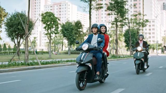 Truy tìm tung tích chiếc xe bí ẩn đến từ Yamaha trong MV mới nhất của Chi Pu, Isaac và Only C? - Ảnh 3.