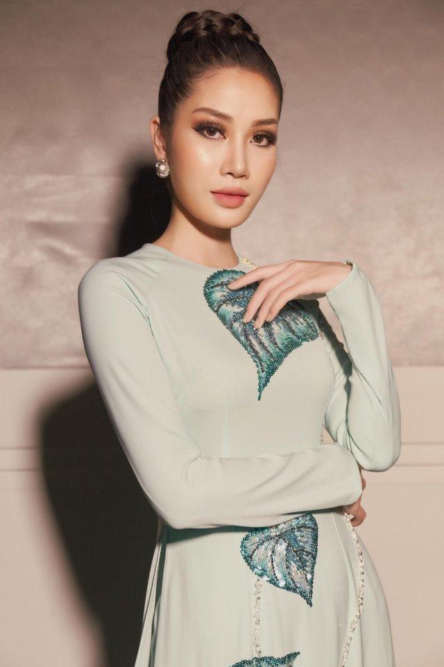 Tường Linh The Face xuất hiện ấn tượng, làm vedette trong show Áo Dài Hoà Vi - Ảnh 10.