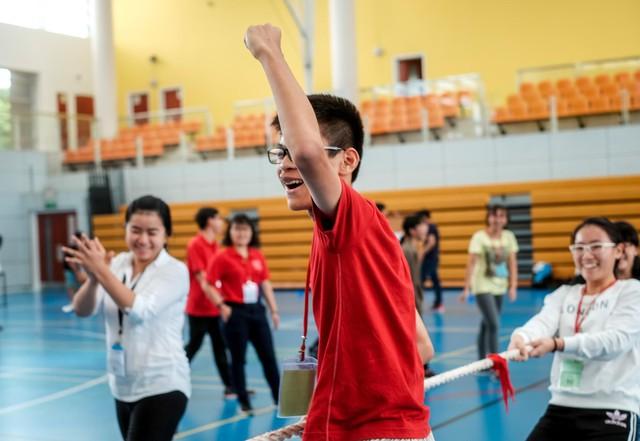 Chuyện gì sẽ xảy ra khi Jun Phạm gia nhập hàng ngũ những thầy giáo đẹp trai và tài năng nhất - Ảnh 6.