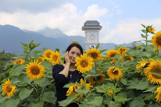 """Tò mò với cuộc thi """"Ai đẹp hơn hoa"""" tại tuần lễ hoa hướng dương Fansipan 2018 - Ảnh 7."""