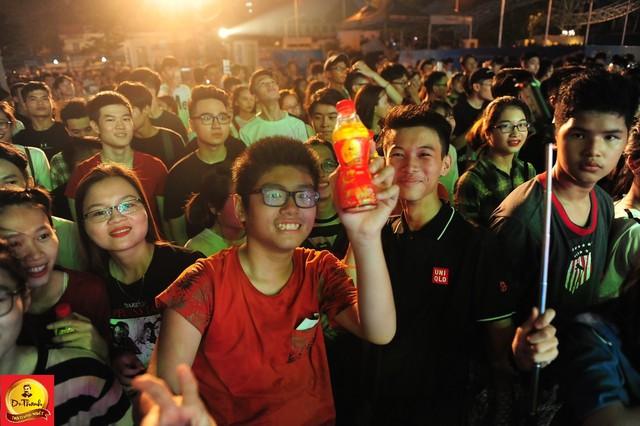 """Dàn sao khủng đội mưa khuấy động Lễ hội """"Phố hàng nóng"""" tại Hà Nội - ảnh 12"""