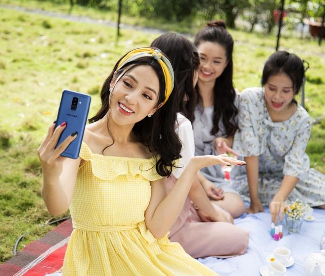 Cùng sao Việt săn điện thoại Samsung giá rẻ bất ngờ - ảnh 1