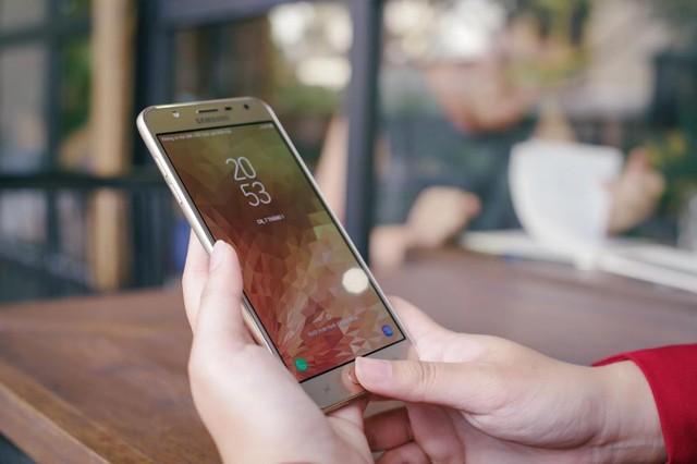 Đánh giá Galaxy J7 Duo: niềm vui nhân đôi - Ảnh 11.