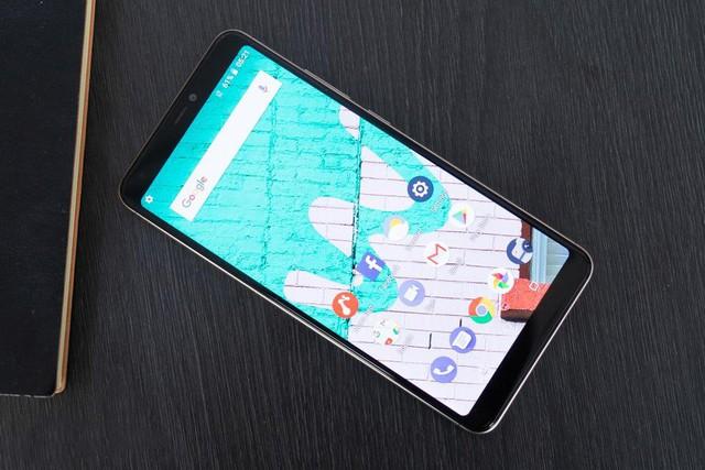 Loạt tính năng thời thượng xuất hiện trên chiếc smartphone chưa tới 2 triệu đồng - ảnh 1