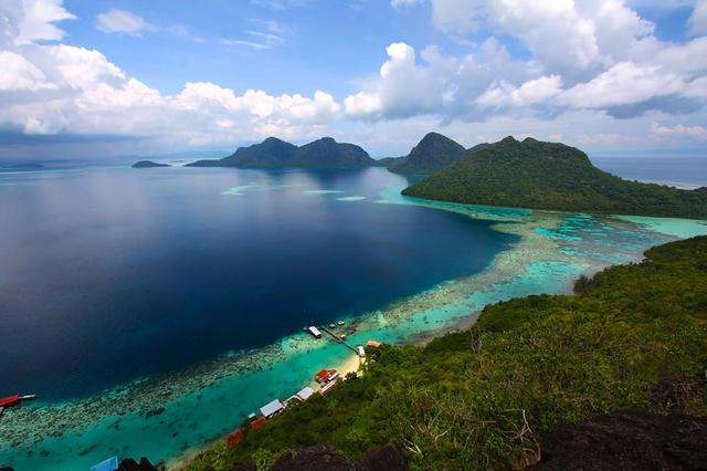"""Hè này muốn """"detox"""" cho tâm hồn thì không thể bỏ qua thiên đường biển đảo Kota Kinabalu - ảnh 1"""
