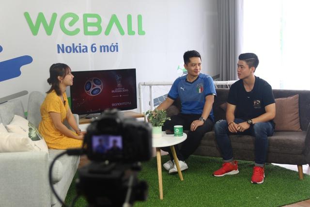"""""""Bạch mã hoàng tử"""" U23 Duy Mạnh ghé thăm chung cư VTM trong sitcom tập 7 của WeBall - ảnh 3"""