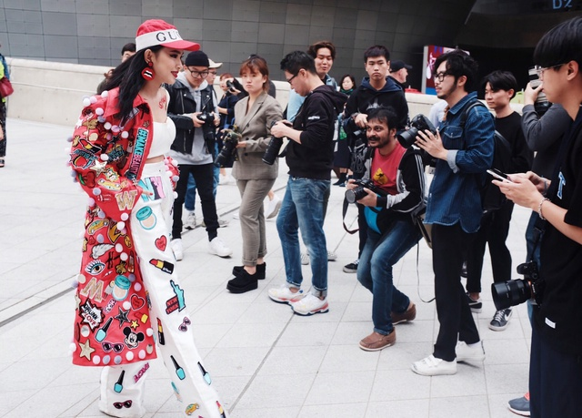 Bắt trend cơn sốt phiên bản giới hạn đình đám, giới trẻ Việt vừa có thêm một BST limited độc đáo để khẳng định cái tôi - ảnh 5
