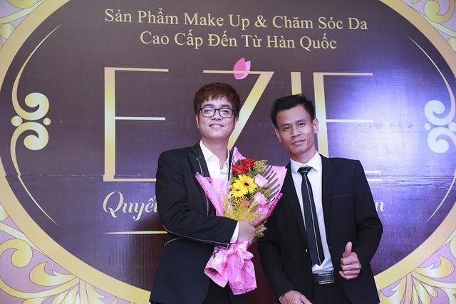 Bùi Anh Tuấn, Hồ Quang Hiếu khuấy động chương trìnhĐại hội Thượng đỉnhE'zie 2018 - ảnh 5