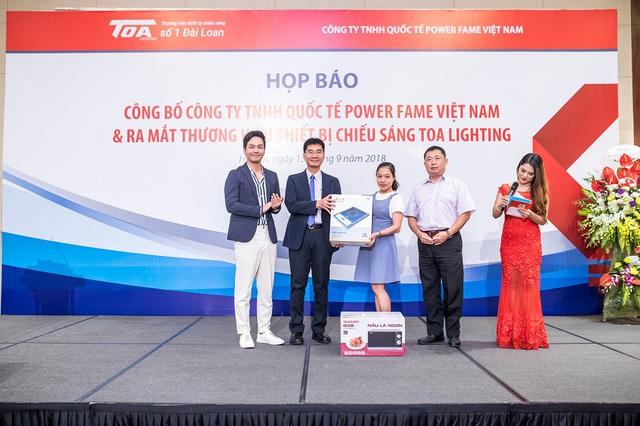TOA Lighting – thiết bị chiếu sáng tốt cho sức khỏe con người - ảnh 4