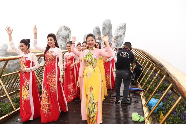 Đặng Gia Bena tỏa sáng cùng những người đẹp trong cuộc thi Nữ hoàng doanh nhân Đất Việt 2018 - ảnh 3