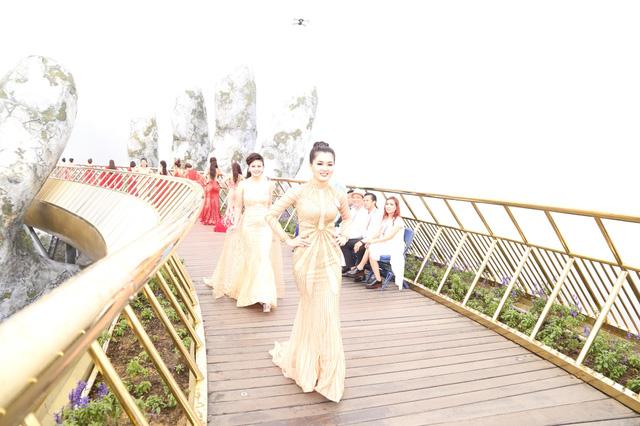 Đặng Gia Bena tỏa sáng cùng những người đẹp trong cuộc thi Nữ hoàng doanh nhân Đất Việt 2018 - ảnh 7