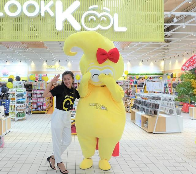 LOOKKOOL – Chuỗi cửa hàng khiến giới trẻ mê mẩn với không gian hiện đại - Ảnh 8.