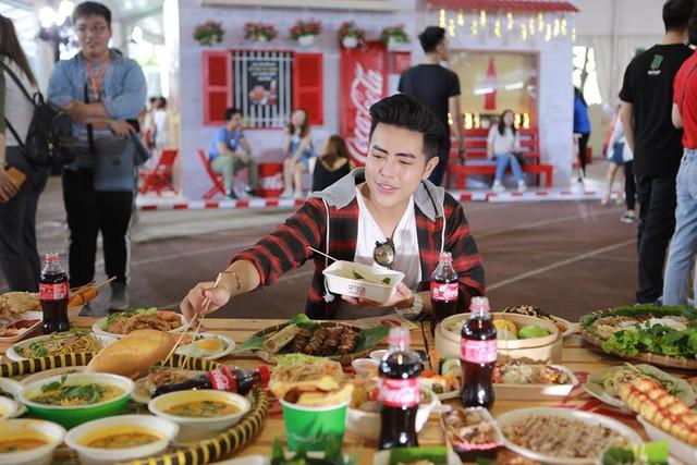 """Hình như cả Sài thành đang đổ về đây """"ăn trọn Thái, Hàn, Việt, Nhật - ảnh 6"""