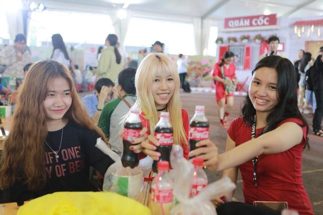 """Hình như cả Sài thành đang đổ về đây """"ăn trọn Thái, Hàn, Việt, Nhật - ảnh 9"""