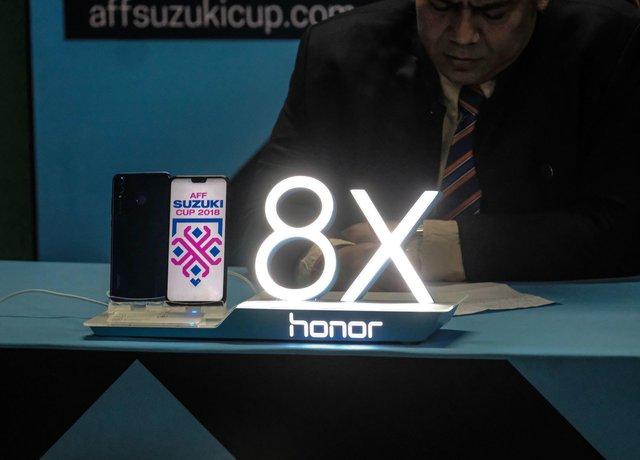 """Hé lộ món quà công nghệ được tặng cho """"Người hùng của trận đấu"""" tại AFF Cup 2018 - Ảnh 5."""