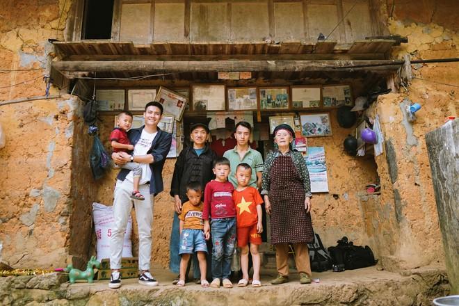 Chan La Cà - Nghe travel blogger trải nghiệm dưới tán cây xanh và hành trình về những câu chuyện đẹp đẽ - ảnh 12